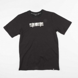T-shirts Dolly noire Bench TS130